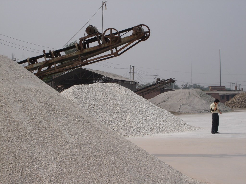 Bauxite-kaolin-stocks-Tanggu-2006