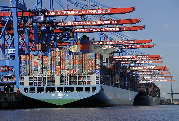 11_21370_containerterminal_altenwerder_russia