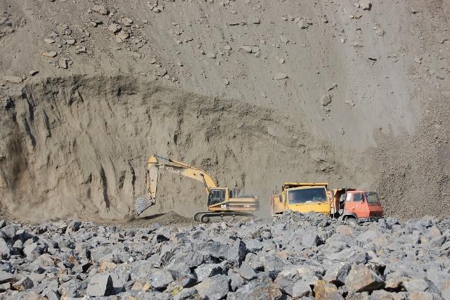 imerys-andalusite-korla-quarry-china